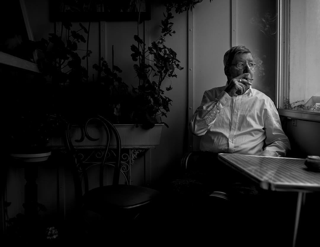 Ole Ege in his apartment. @murmur.dk