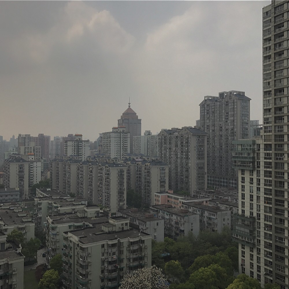 Another difference between AQI 92 and 183. See the two images